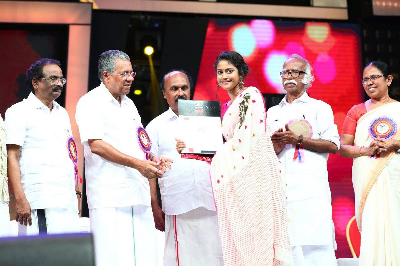 Best Costume Designer Stephy Xavier At Kerala State Film Awards 2017 Photos 05995 Kerala9 Com