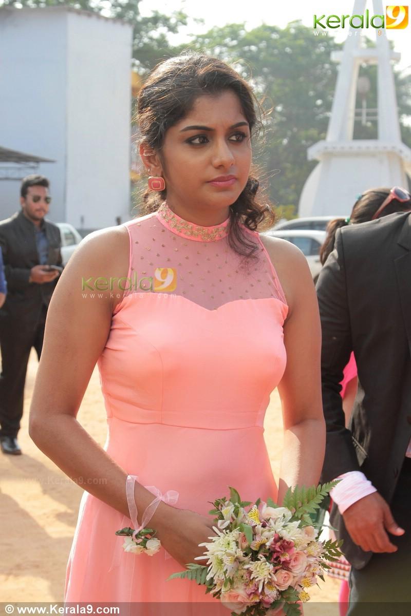 Meera nandan at ann augustine marriage photos 00770 - Kerala9.com