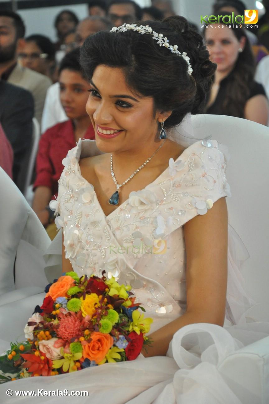 Archana kavi marriage pics of kareena