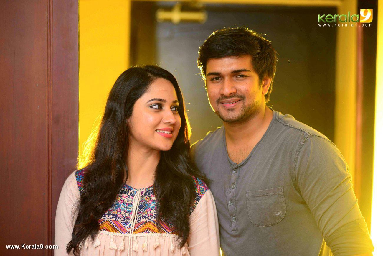 Bobby Malayalam Movie Promotion Photos 123 0399 Kerala9com