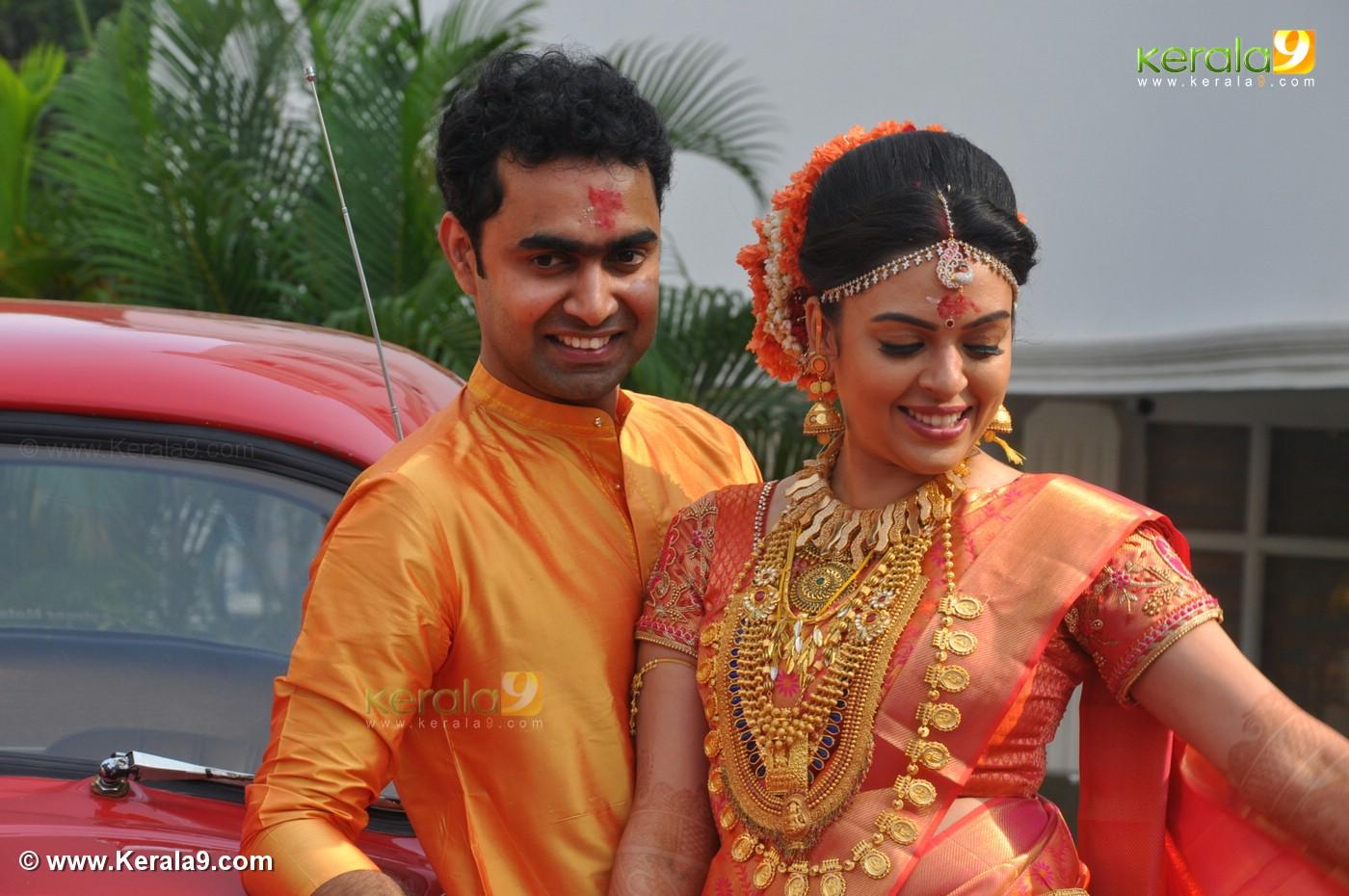 Malayalam Actress Radhika Wedding Photos 0932 037