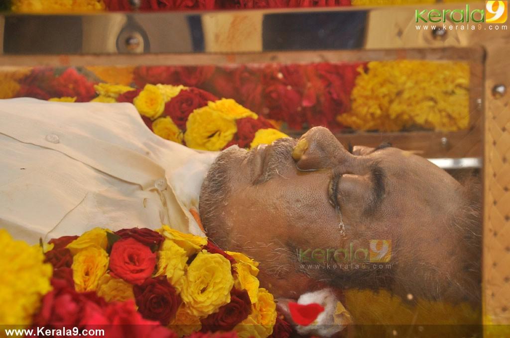 mandolin u srinivas funeral photos 00466 kerala9com