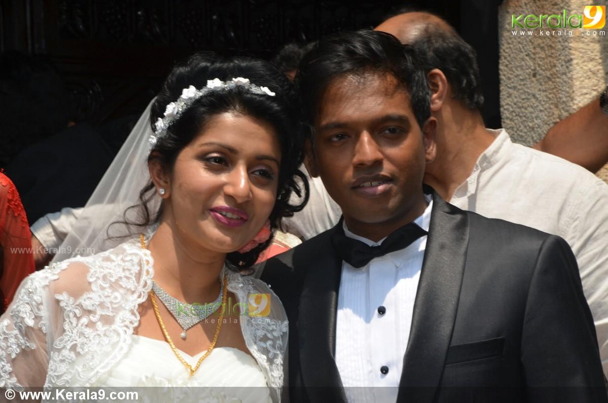 Meera jasmine marriage photos 0044 - Kerala9.com