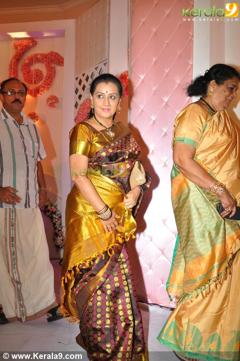 Meera Jasmine Wedding Reception Photos 00577 Kerala9