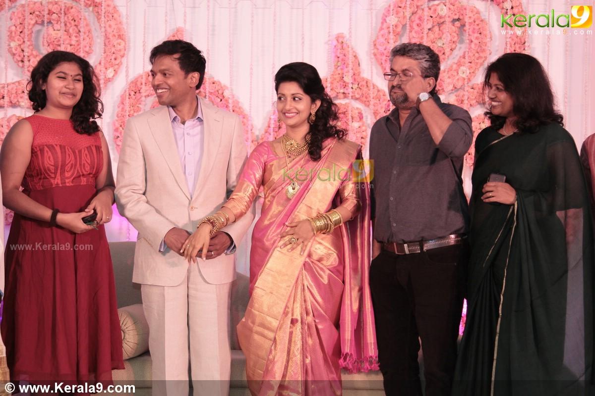 Meera Jasmine Wedding Reception Photos 08179 Kerala9