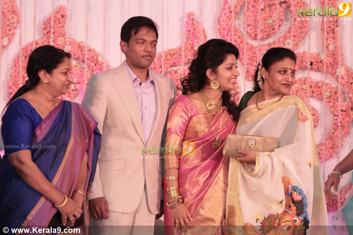 Meera Jasmine Wedding Reception Photos 08815 Kerala9