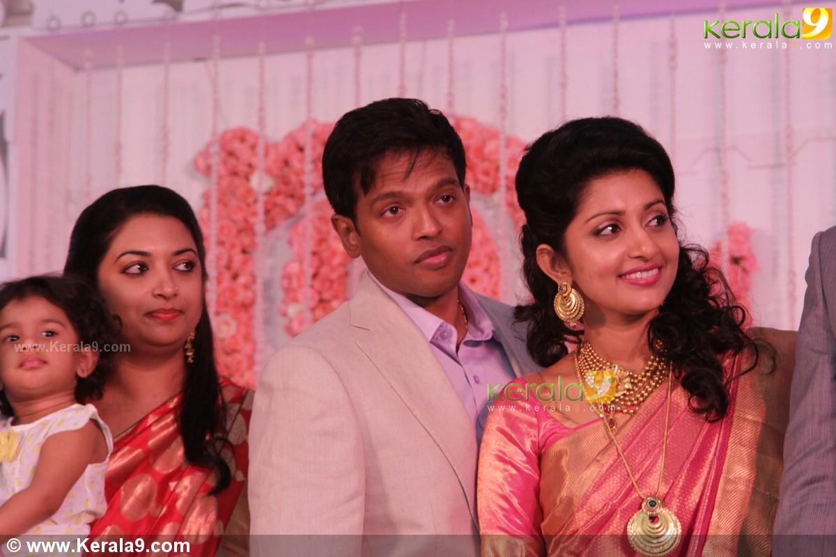 Meera Jasmine Wedding Reception Photos 11026 Kerala9