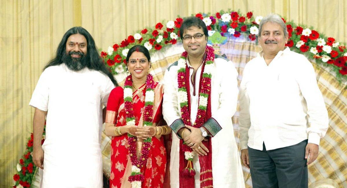 Singer Gayatri Asokan Wedding Photos 002