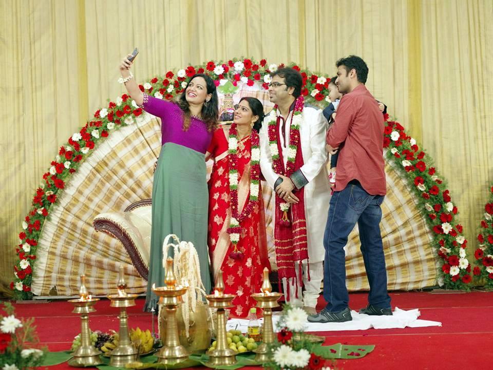 Singer Gayatri Asokan Wedding Photos 005