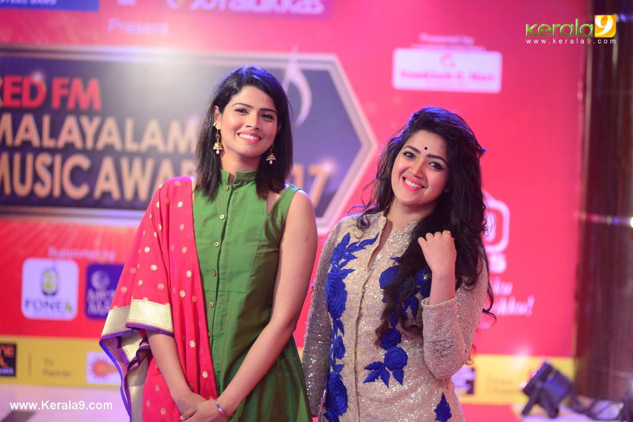 Amrutha Suresh at Red FM Malayalam Music Awards 2017 Photos