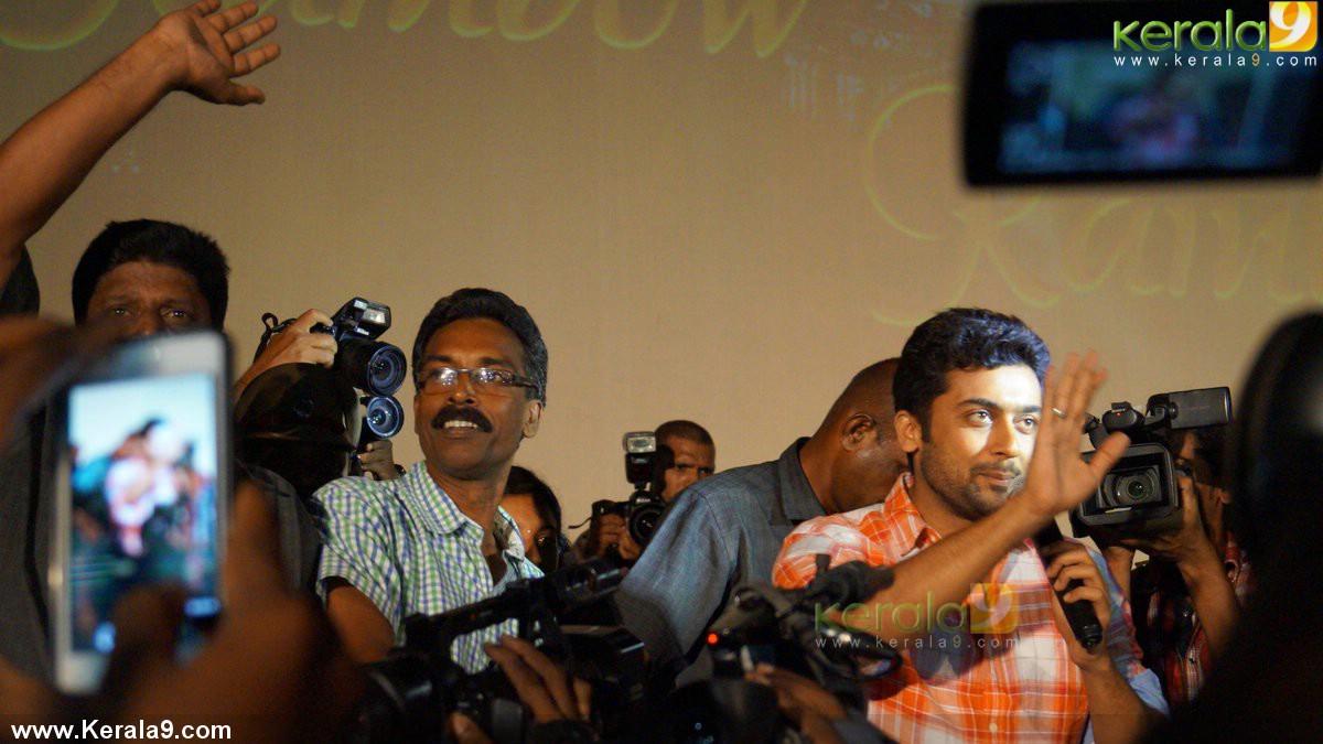 surya anjaan movie promotion at kerala photos 00634 - kerala9