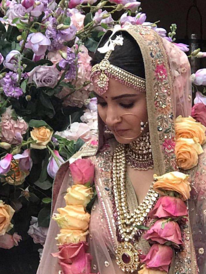 Anushka Sharma Wedding.Virat Kohli Anushka Sharma Wedding Photos 01017 Kerala9 Com