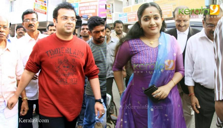 kavya madhavan divorce news photos00 (1)