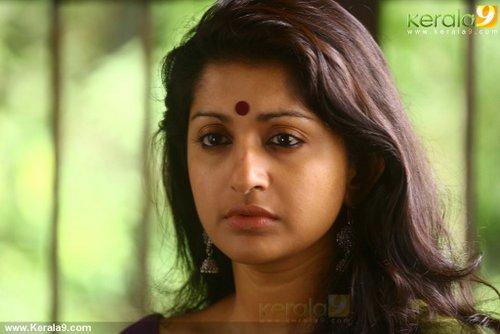 mazhaneerthullikal malayalam movie meera jasmine photos 47-002